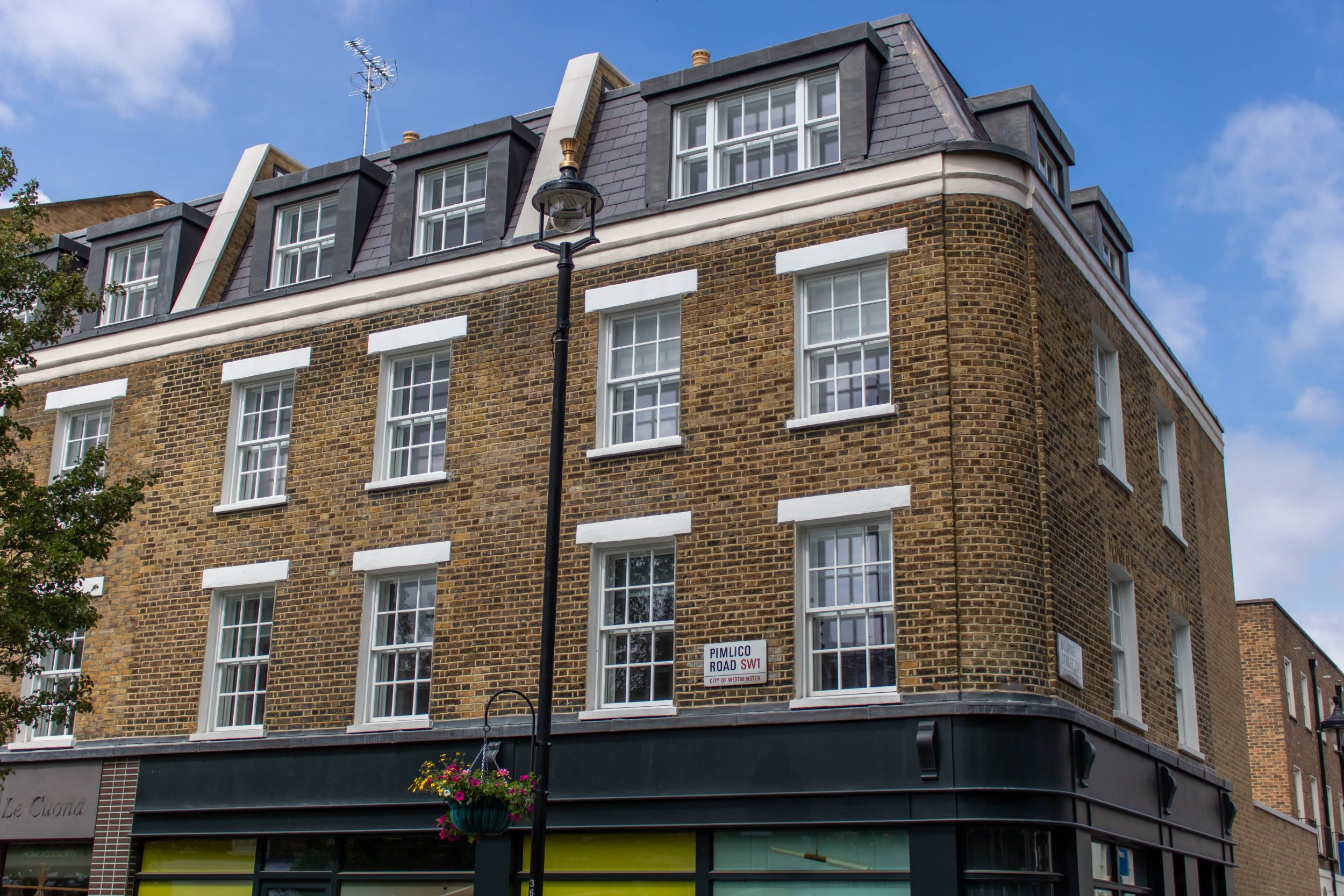 Sash Windows, Pimlico Road, Central London