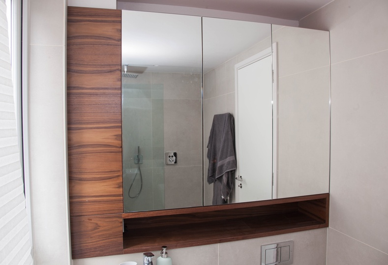 Kandd Shower Cabinetry