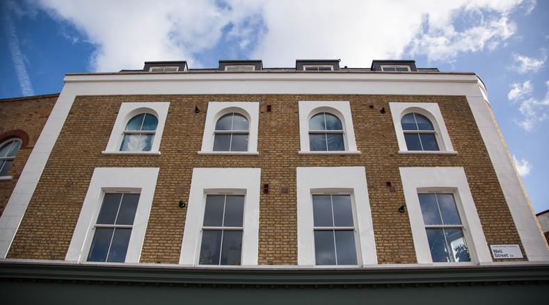 Shop Front sash windows - K&D Joinery