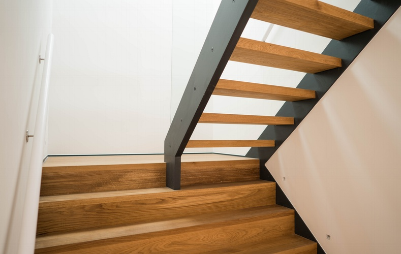 Wooden Staircase - K&D joinery London