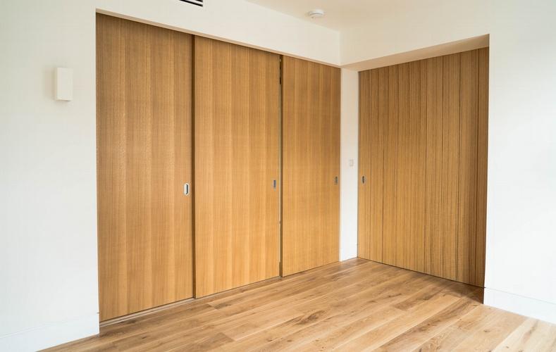Sliding internal wood doors - Marylebone