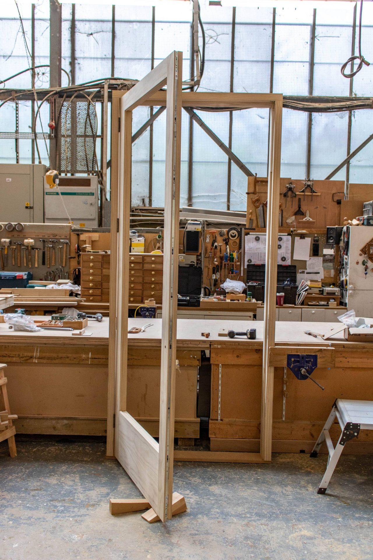 Kandd door frame design side view