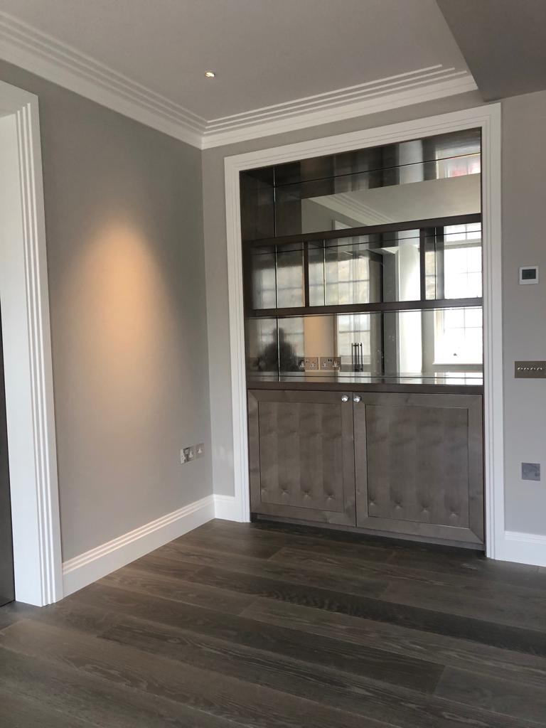 Belgravia grey cabinetry with mirrors